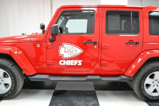 kansas city chiefs kansas city jeep chrysler dodge ram dealership. Black Bedroom Furniture Sets. Home Design Ideas