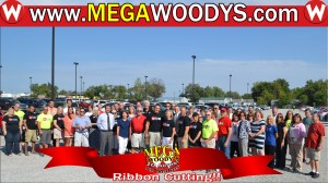 Woodys Team at Ribbon Cutting