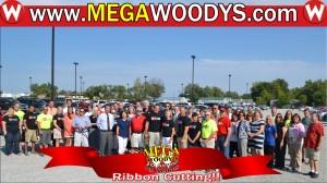 Woodys Team at Ribbon Cutting