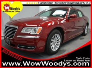 Front angled view of Chrysler 300